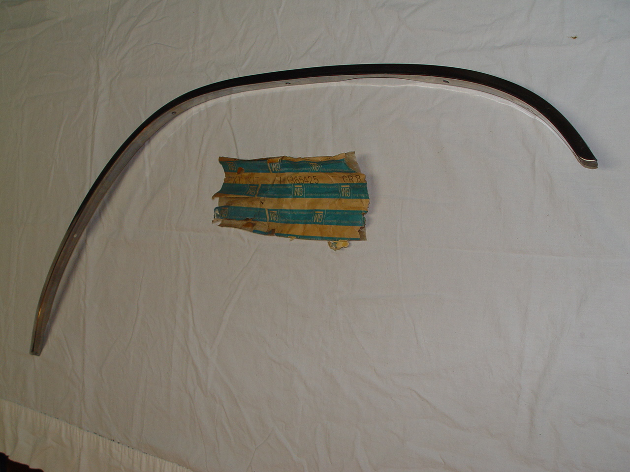 1964 Buick Right Front Wheel Opening Molding